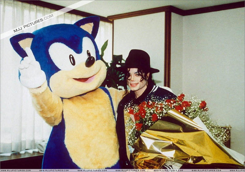 Michael Jackson & Sonic the Hedgehog 2006 - They Don't Care About Dusty Desert